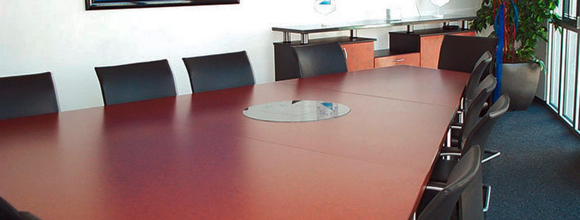 Erweiterbare Konferenzmöbel Bernhard